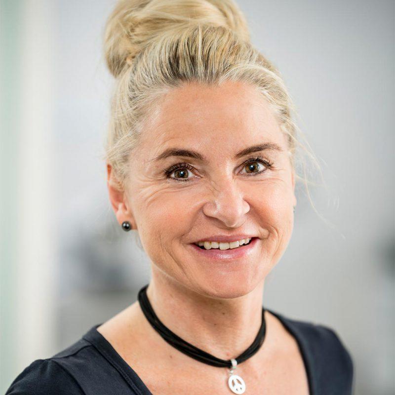 Portrait von Frau Graepel - Verwaltung und Rezeption